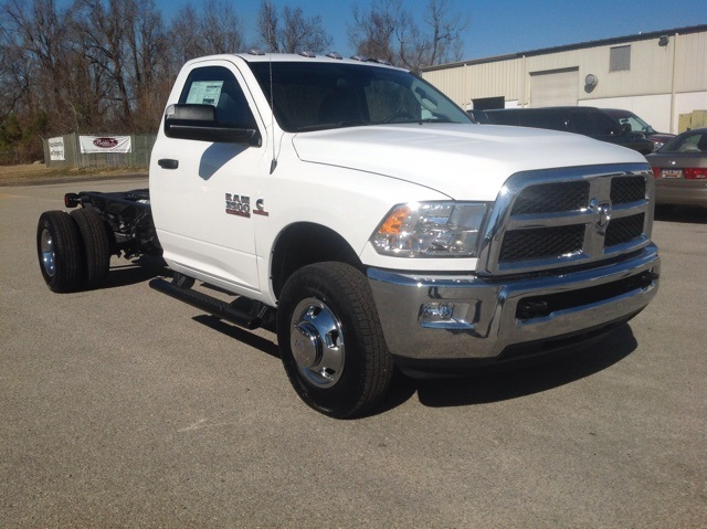 2018 Ram 3500 Regular Cab DRW 4x4,  Cab Chassis #180183 - photo 1