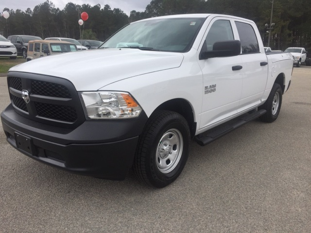 2018 Ram 1500 Crew Cab 4x4,  Pickup #180240 - photo 4