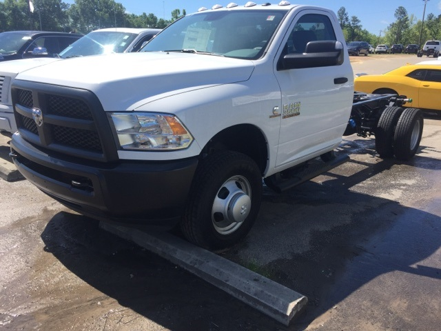 2018 Ram 3500 Regular Cab DRW 4x4,  Cab Chassis #180242 - photo 1
