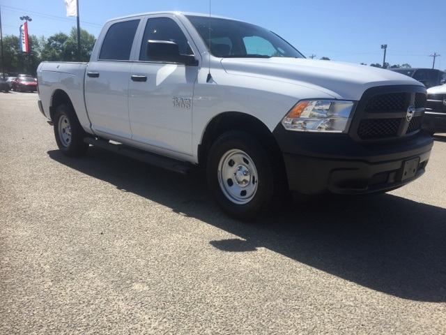 2018 Ram 1500 Crew Cab 4x4,  Pickup #180259 - photo 3