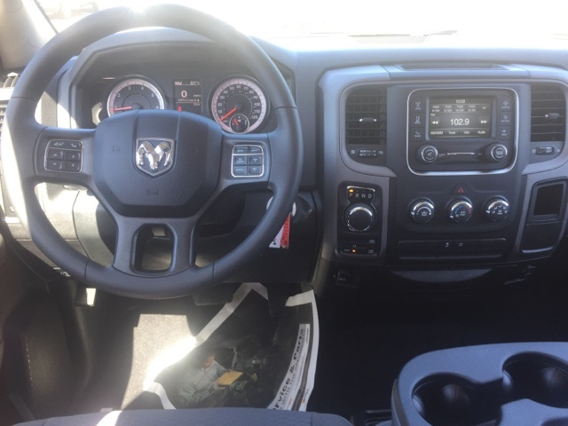 2018 Ram 1500 Crew Cab 4x4,  Pickup #180259 - photo 10