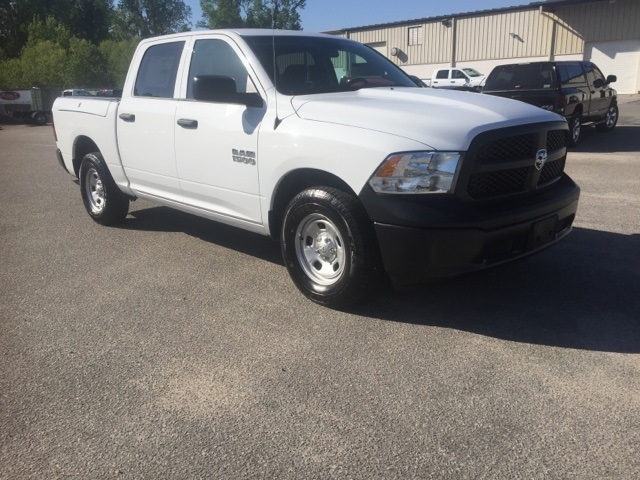 2018 Ram 1500 Crew Cab 4x2,  Pickup #180282 - photo 3