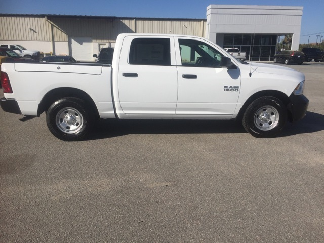 2018 Ram 1500 Crew Cab 4x2,  Pickup #180282 - photo 6