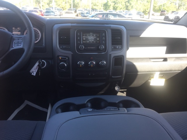 2018 Ram 1500 Crew Cab 4x2,  Pickup #180282 - photo 15