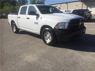 2018 Ram 1500 Crew Cab, Pickup #180282 - photo 3