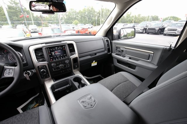 2018 Ram 1500 Crew Cab 4x4,  Pickup #180593 - photo 15
