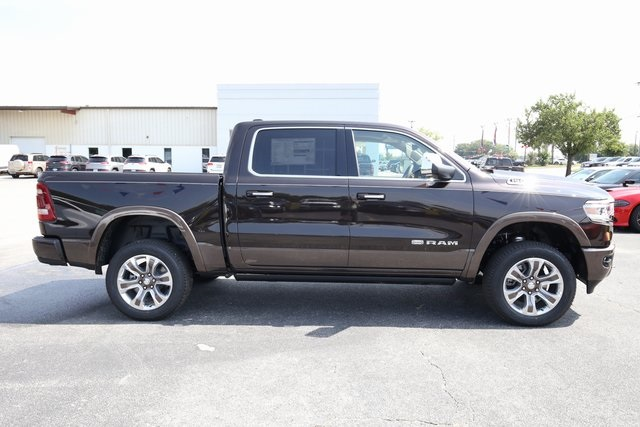 2019 Ram 1500 Crew Cab 4x4,  Pickup #190065 - photo 7