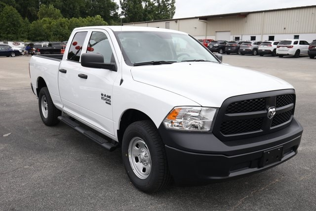 2019 Ram 1500 Quad Cab 4x4,  Pickup #190146 - photo 3