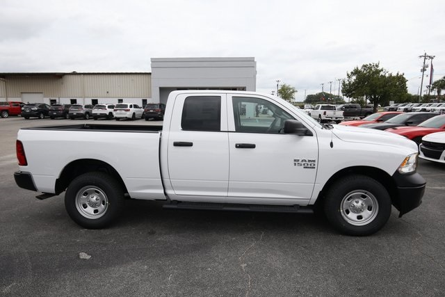 2019 Ram 1500 Quad Cab 4x4,  Pickup #190146 - photo 7