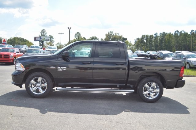 2019 Ram 1500 Crew Cab 4x2,  Pickup #190278 - photo 3