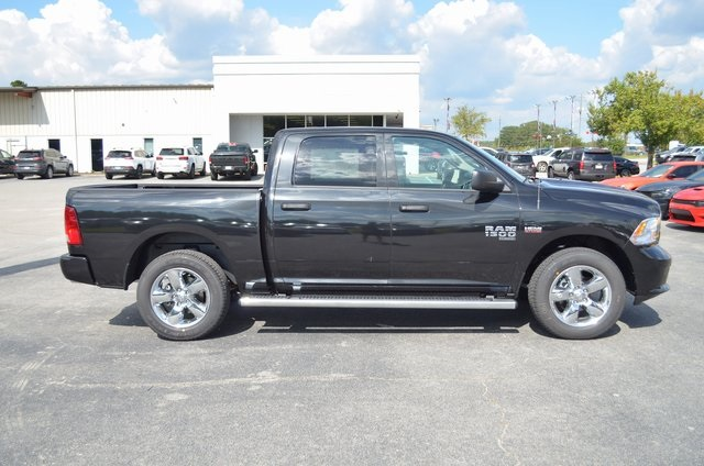 2019 Ram 1500 Crew Cab 4x2,  Pickup #190278 - photo 9