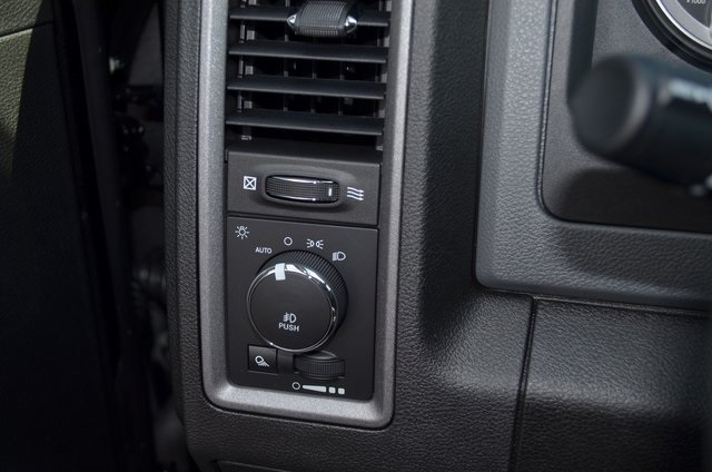 2019 Ram 1500 Crew Cab 4x2,  Pickup #190278 - photo 25