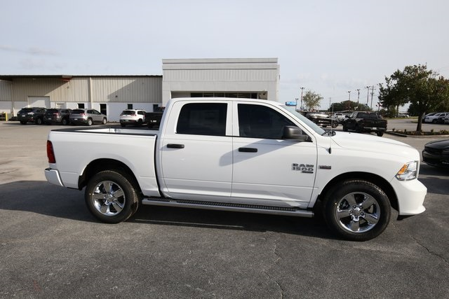 2019 Ram 1500 Crew Cab 4x4,  Pickup #190280 - photo 8