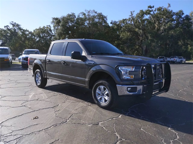 2017 Ford F-150 SuperCrew Cab 4x4, Pickup #7835B - photo 1