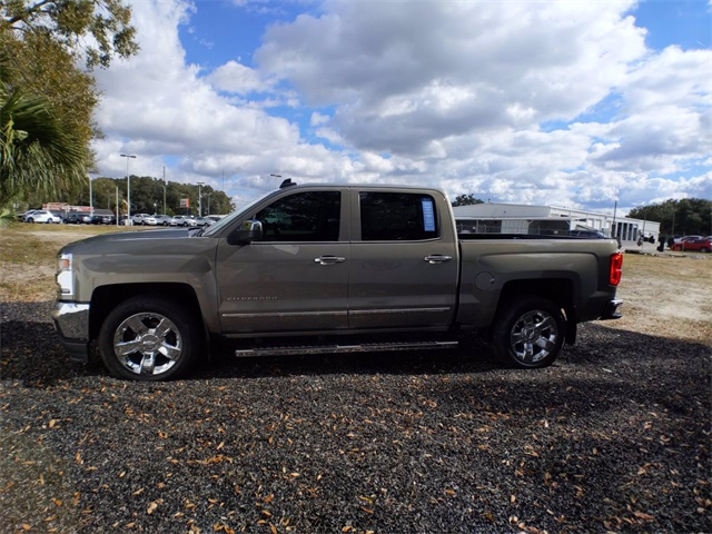 2017 Chevrolet Silverado 1500 Crew Cab 4x2, Pickup #7909A - photo 5