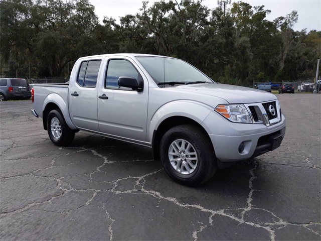 2019 Nissan Frontier Crew Cab, Pickup #D0961 - photo 1