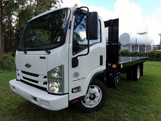 2018 LCF 4500XD Regular Cab 4x2,  Knapheide Platform Body #F6609 - photo 4
