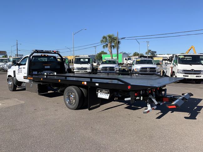 2019 Silverado Medium Duty DRW 4x2,  Jerr-Dan Standard Duty Carriers Rollback Body #F7134 - photo 7