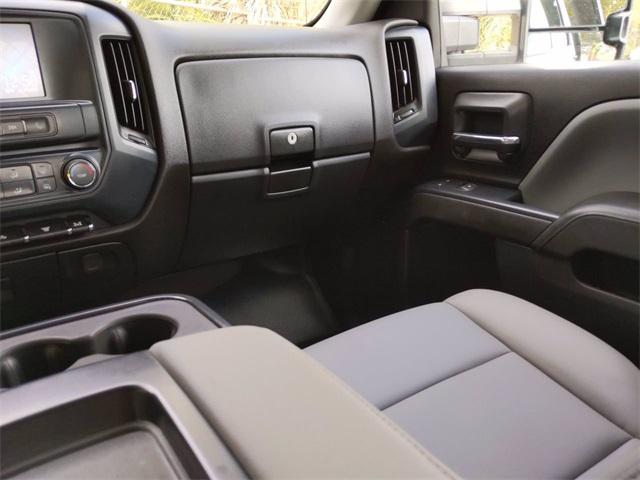 2019 Chevrolet Silverado 3500 Crew Cab DRW 4x4, CM Truck Beds SK Model Platform Body #F7807A - photo 14