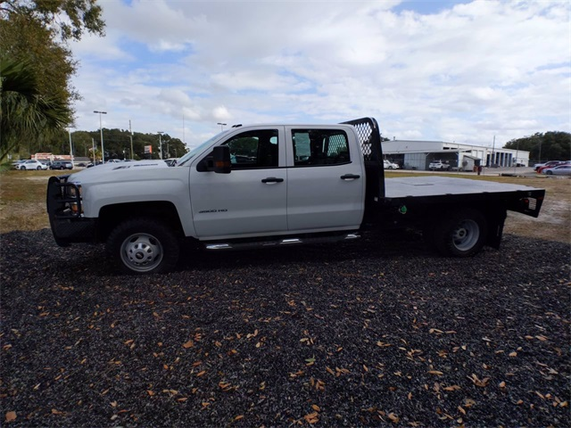 2019 Chevrolet Silverado 3500 Crew Cab DRW 4x4, CM Truck Beds SK Model Platform Body #F7807A - photo 5