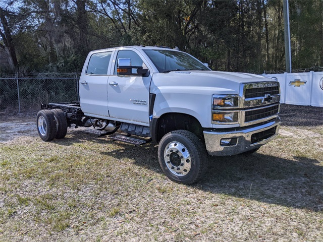 2021 Chevrolet Silverado 4500 DRW 4x4, Cab Chassis #F7933 - photo 1