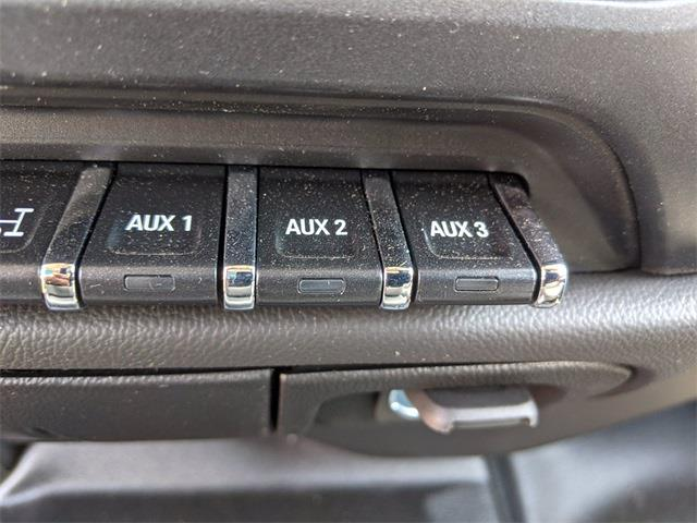 2021 Chevrolet Silverado 4500 Crew Cab DRW 4x4, CM Truck Beds SZ Model Other/Specialty #F7940 - photo 33