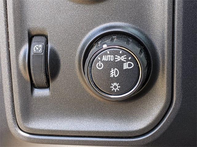 2021 Chevrolet Silverado 4500 Crew Cab DRW 4x4, CM Truck Beds SZ Model Other/Specialty #F7940 - photo 36
