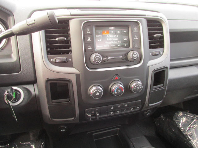 2016 Ram 5500 Regular Cab DRW 4x4, Cab Chassis #15147 - photo 24