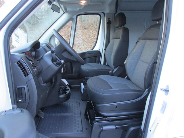 2017 ProMaster 2500 High Roof, Cargo Van #15482 - photo 17