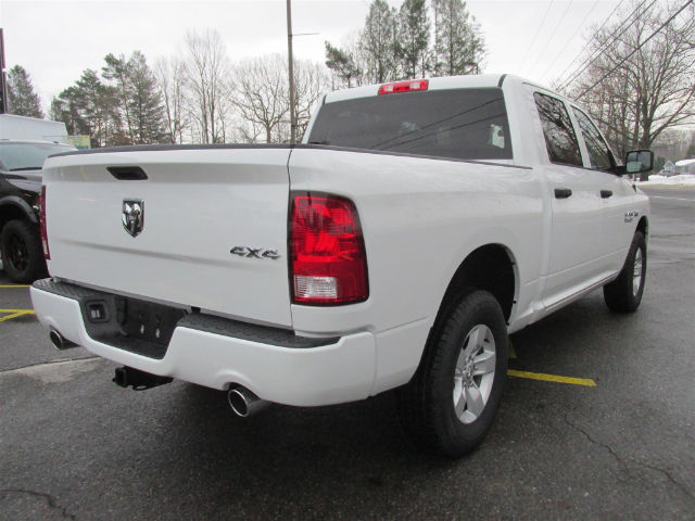 2017 Ram 1500 Crew Cab 4x4 Pickup #15562 - photo 2