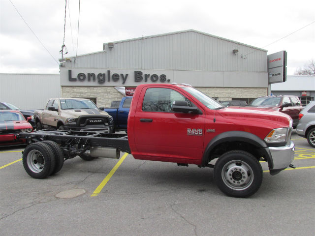 2017 Ram 5500 Regular Cab DRW 4x4 Cab Chassis #15589 - photo 7