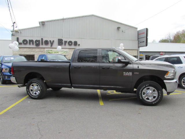 2017 Ram 3500 Crew Cab 4x4, Pickup #15681 - photo 7