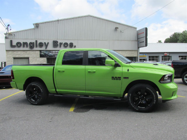 2017 Ram 1500 Crew Cab 4x4 Pickup #15786 - photo 7