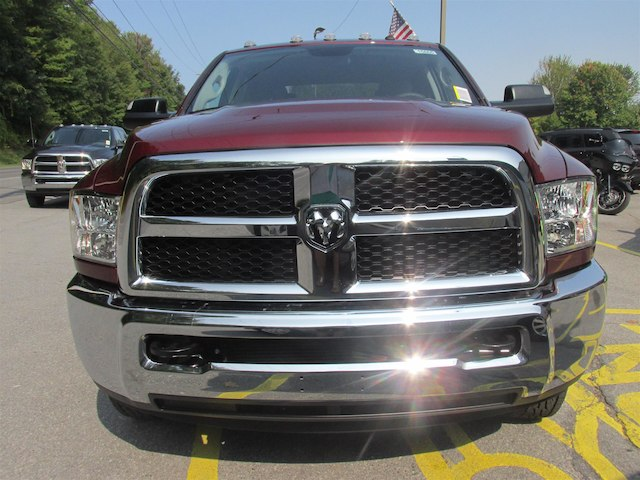 2018 Ram 3500 Crew Cab DRW 4x4 Pickup #15865 - photo 3