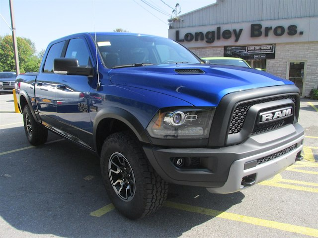 2018 Ram 1500 Crew Cab 4x4, Pickup #15873 - photo 3