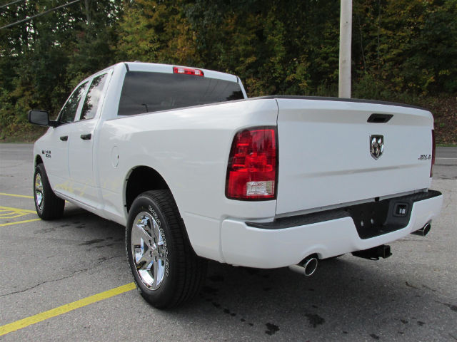 2018 Ram 1500 Quad Cab 4x4 Pickup #15883 - photo 5