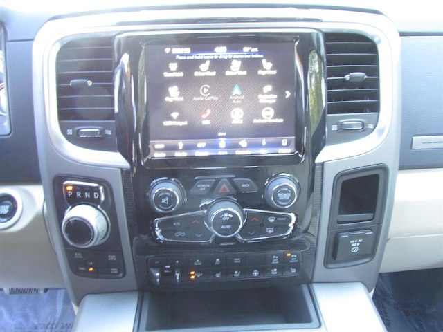 2018 Ram 1500 Crew Cab 4x4, Pickup #15909 - photo 25