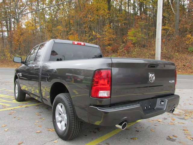 2018 Ram 1500 Quad Cab 4x4 Pickup #15932 - photo 5