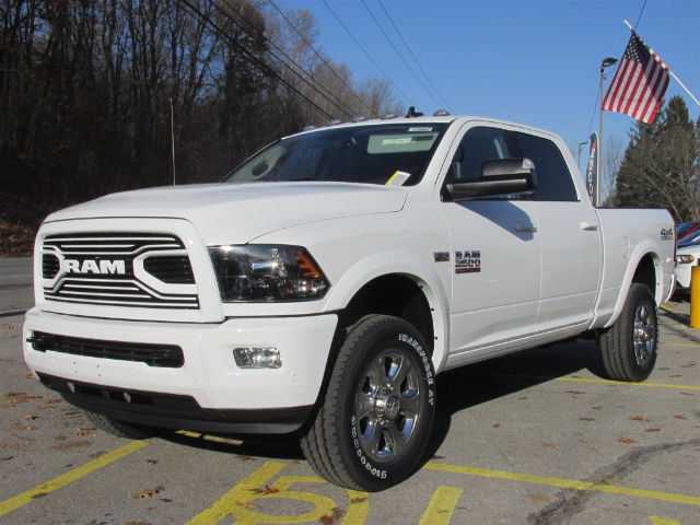 2018 Ram 2500 Crew Cab 4x4 Pickup #15942 - photo 4