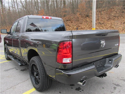 2018 Ram 1500 Quad Cab 4x4, Pickup #15958 - photo 2