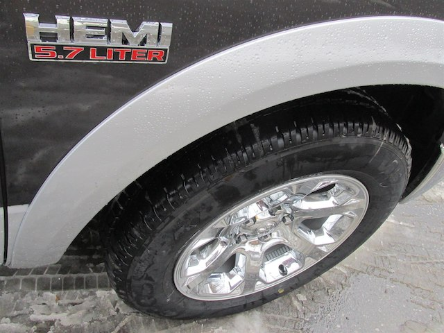 2018 Ram 1500 Crew Cab 4x4, Pickup #15963 - photo 8