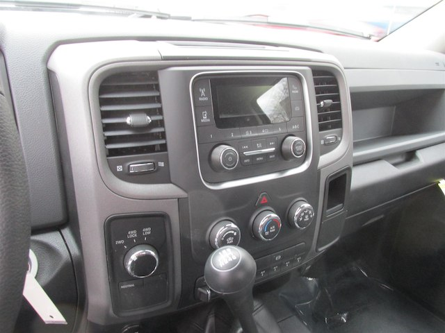 2018 Ram 2500 Regular Cab 4x4 Pickup #15969 - photo 17