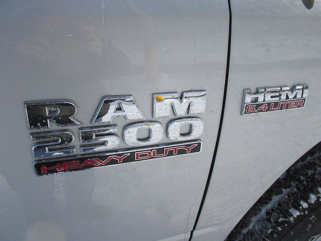 2018 Ram 2500 Regular Cab 4x4 Pickup #15970 - photo 9