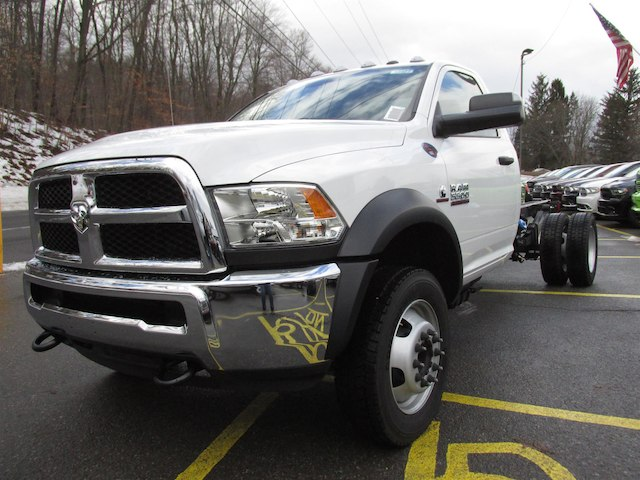 2018 Ram 5500 Regular Cab DRW 4x4,  Cab Chassis #15977 - photo 4