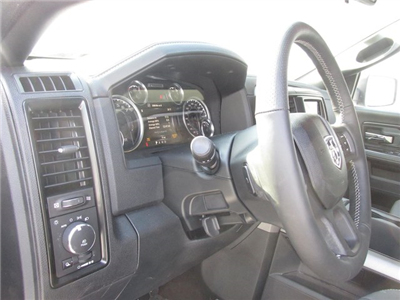 2018 Ram 1500 Crew Cab 4x4 Pickup #16012 - photo 28