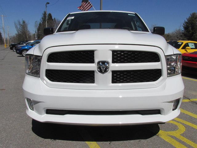 2018 Ram 1500 Quad Cab 4x4, Pickup #16100 - photo 3