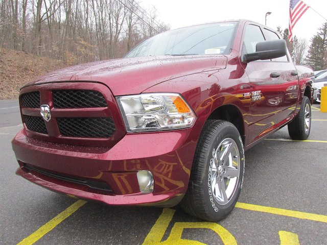 2018 Ram 1500 Crew Cab 4x4,  Pickup #16136 - photo 4