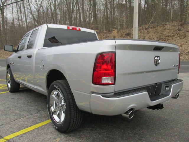 2018 Ram 1500 Quad Cab 4x4, Pickup #16145 - photo 5