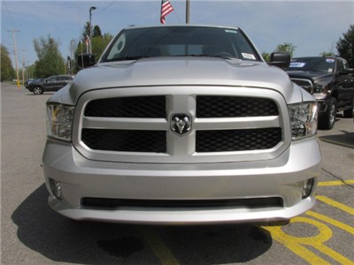 2018 Ram 1500 Quad Cab 4x4, Pickup #16161 - photo 3