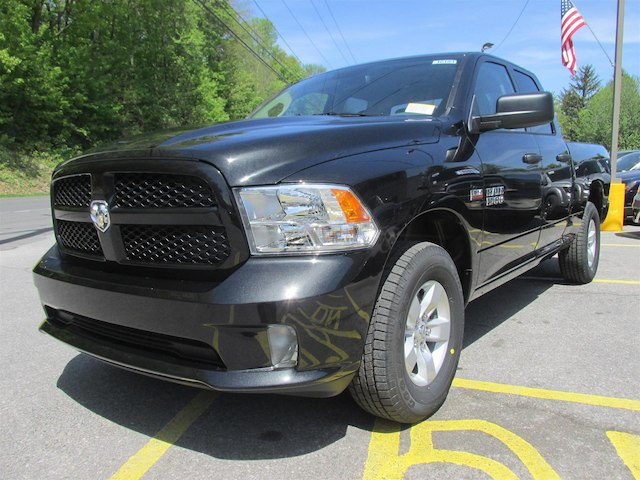 2018 Ram 1500 Quad Cab 4x4, Pickup #16183 - photo 4